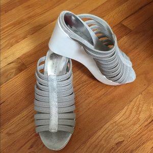 Donald Pliner Sandals
